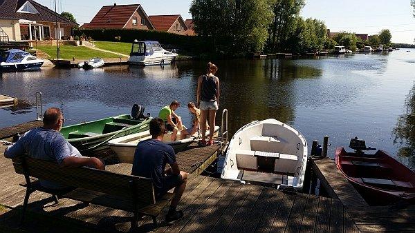 Motor für Boot mietbar